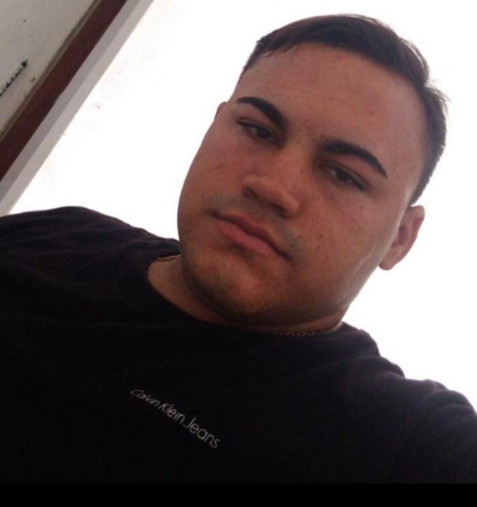Lucas Medeiros, de 21 anos. morreu após ser atingido por um raio no interior do RN — Foto: Arquivo da família