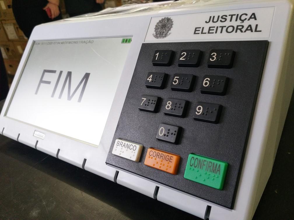 urna eletrônica, urna, votação, voto, eleição, eleições, justiça eleitoral, pleito — Foto: Heloise Hamada/G1