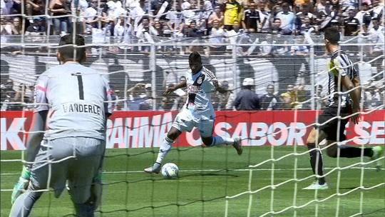 """Borges se anima com vitória da Ponte Preta sobre o Santos: """"Três foi pouco"""""""