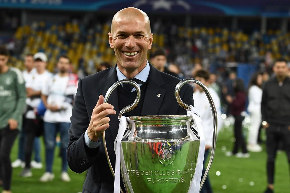 Zidane pode assumir o comando do Manchester United (Foto: AFP)