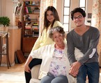 Ângela Leal posa com Thais Fersoza e Arthur Aguiar  | Michel Angelo/ Record