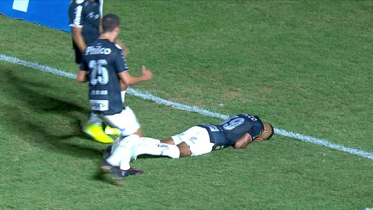 Tailson deve fazer décimo jogo pelo Santos, o terceiro em clássicos; relembre atuações