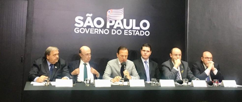 Coletiva do governo de SP desta sexta-feira (13) — Foto: Giba Bergamim/TV Globo