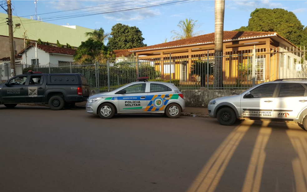Ministério Público de Goiás cumpre mandados na Igreja Católica em Formosa, Planaltina e Posse (Foto: MP-GO/Divulgação)