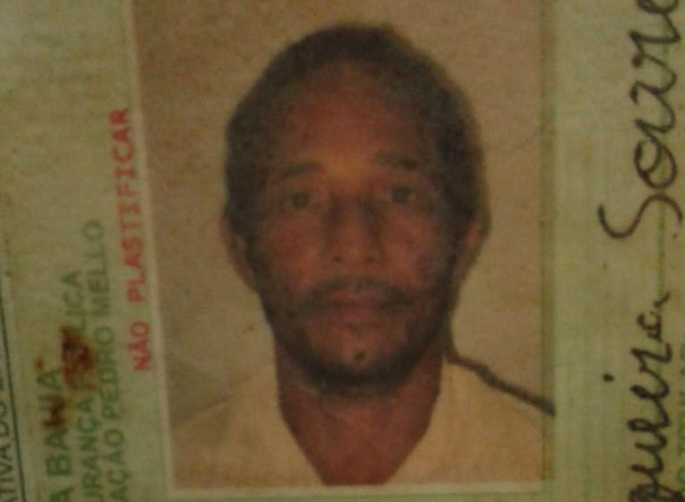 Um dos pescadores é o Janildo Cerqueira Soares, de 42 anos — Foto: Arquivo pessoal