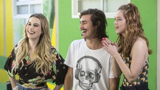 Bruno Montaleone comenta personagem em nova novela das 7 e fala que torceu pelo Brasil com Sasha