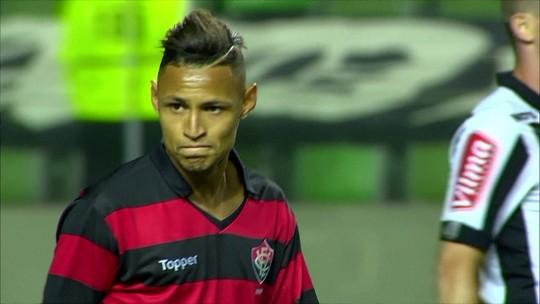 """Júnior Dutra, Rafael Vaz, Bruno Henrique, Neilton e Dudu disputam """"garrancho"""""""