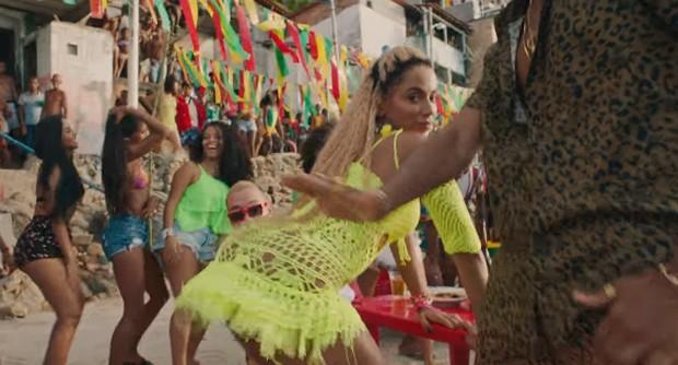 Anitta em Bola, Rebola (Foto: Reprodução/YouTube)