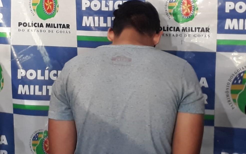 Jovem disse que começou a praticar os crimes após cair em golpe semelhante — Foto: Reprodução/TV Anhanguera