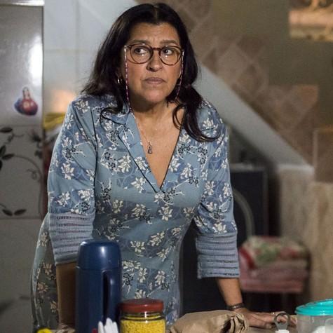 Regina Casé, a Lurdes de 'Amor de mãe' (Foto: Estevam Avellar/TV Globo )