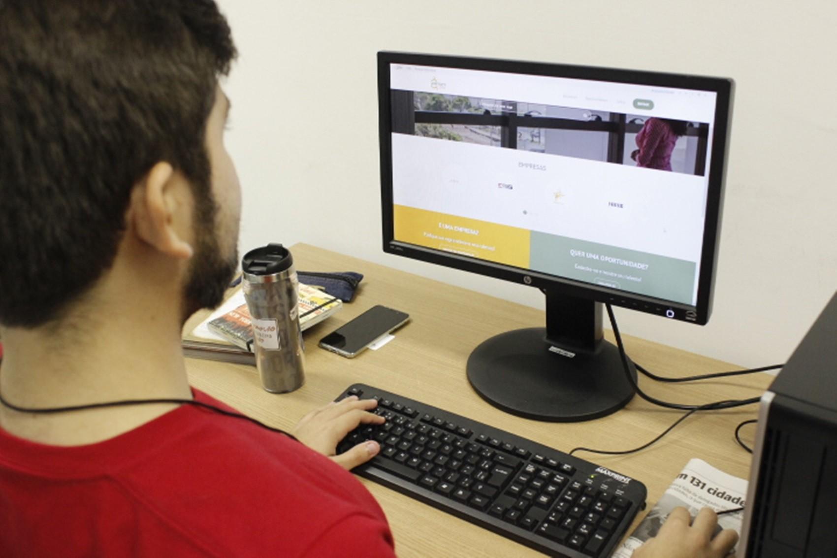 Metrópole Digital da UFRN amplia plataforma que oferece vagas de emprego, estágios e bolsas - Noticias