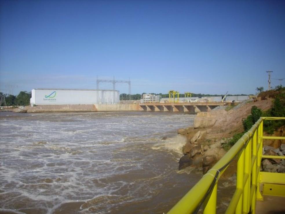 Usina Santo Antônio chegou a baixa de 800 megawatts.  — Foto: Marcela Ximenes/G1/Arquivo