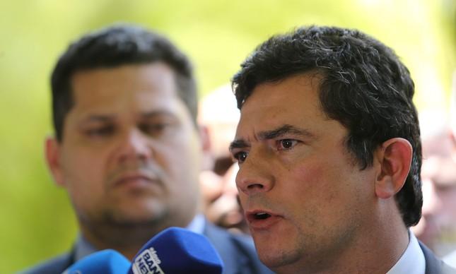 O presidente do Senado, Davi Alcolumbre, e o ministro Sergio Moro