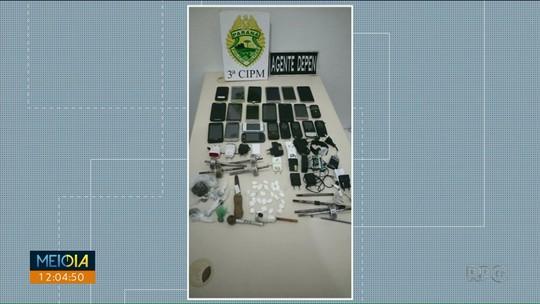 Celulares e drogas são apreendidos com presos dentro da cadeia em Loanda