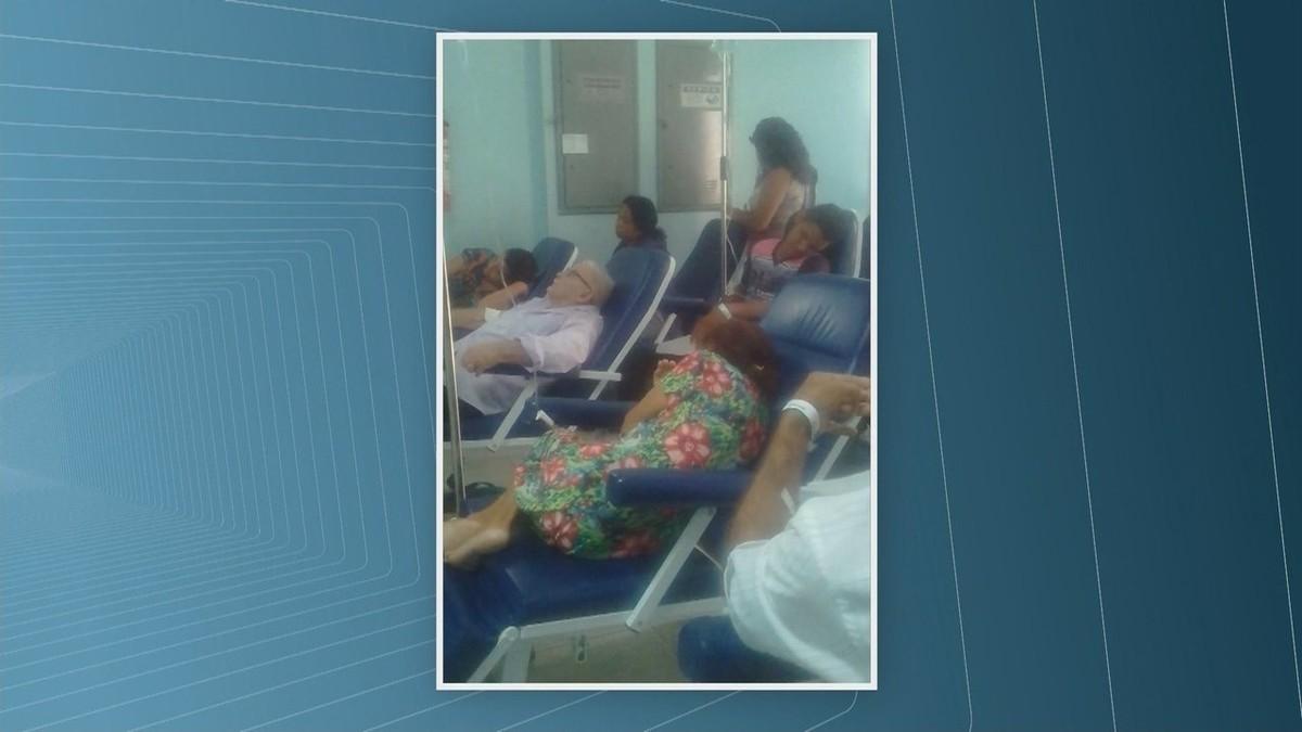 Imagens flagram superlotação e pacientes internados no corredor do maior hospital público de Roraima