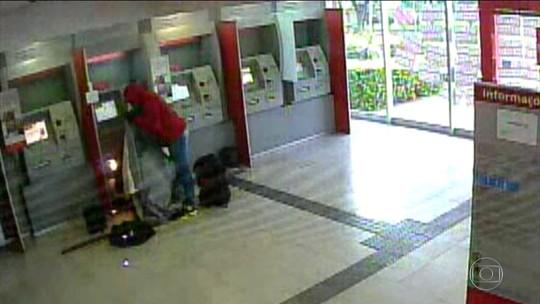 Polícia faz operação contra quadrilha de roubo de caixas eletrônicos no DF