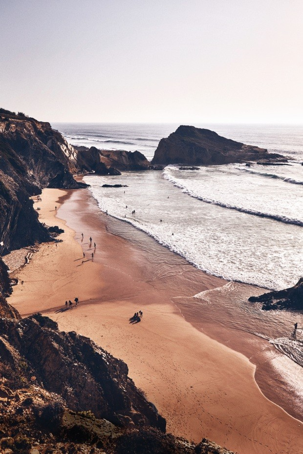 Feature, surfing, road trip, Portugal, coast, beach, Praia dos Alteirinhos (Foto: Oliver Pilcher )