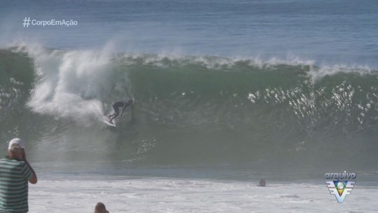 Surfistas da elite mundial se encontram com fãs em Praia Grande