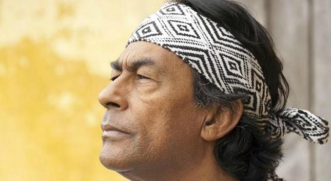 O líder indígena Ailton Krenak lançará em agosto pela Companhia das Letras mais um não-livro. Para cada um refletir sobre sua vida.