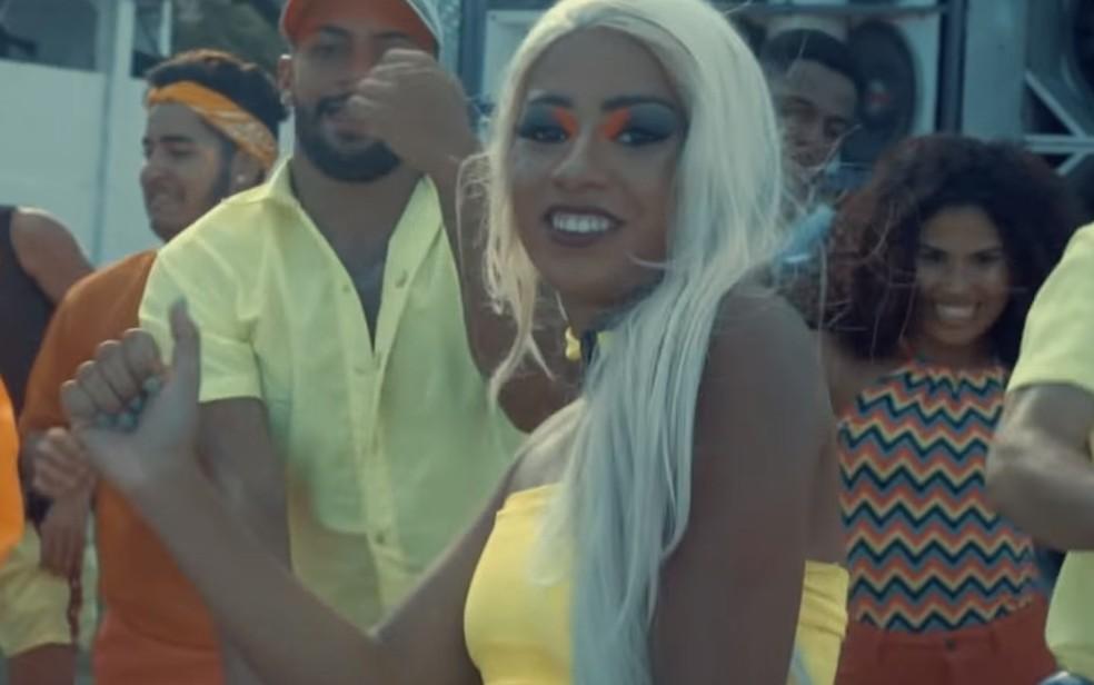 MC Loma retoma a carreira com o clipe 'Malévola' — Foto: Reprodução/YouTube