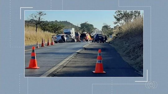 Acidente deixa três mortos e cinco feridos na BR-020, em Formosa