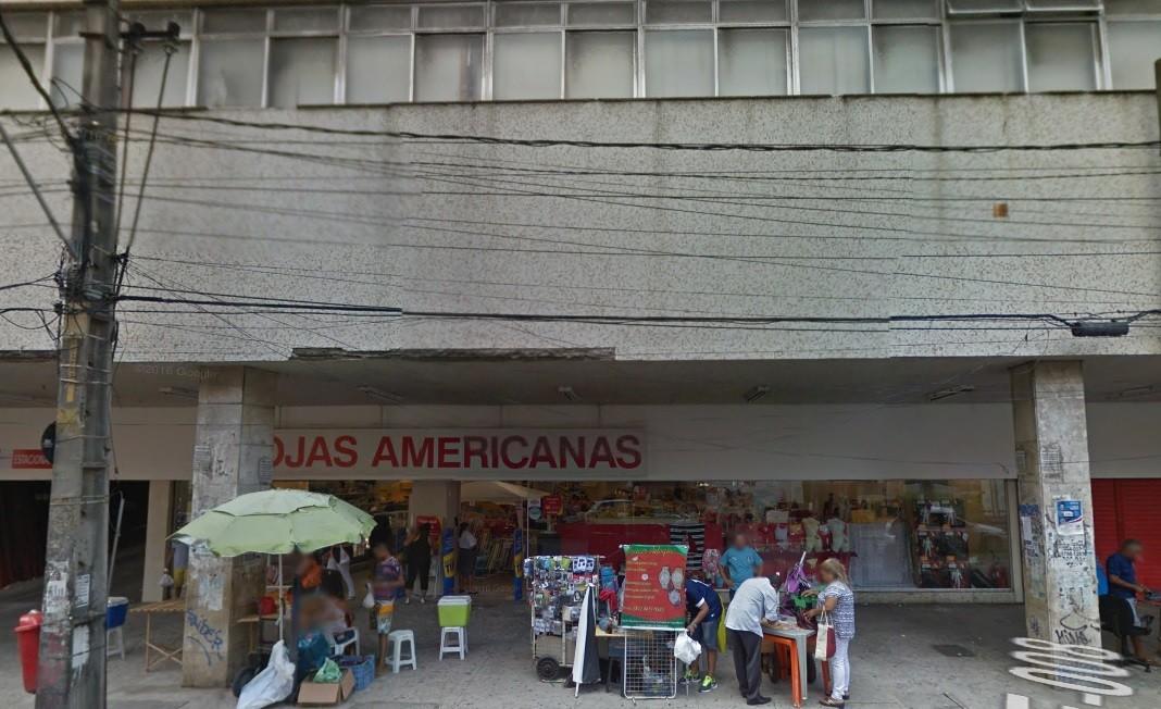 Bandidos assaltam loja no Centro do Recife e levam celulares e tablets