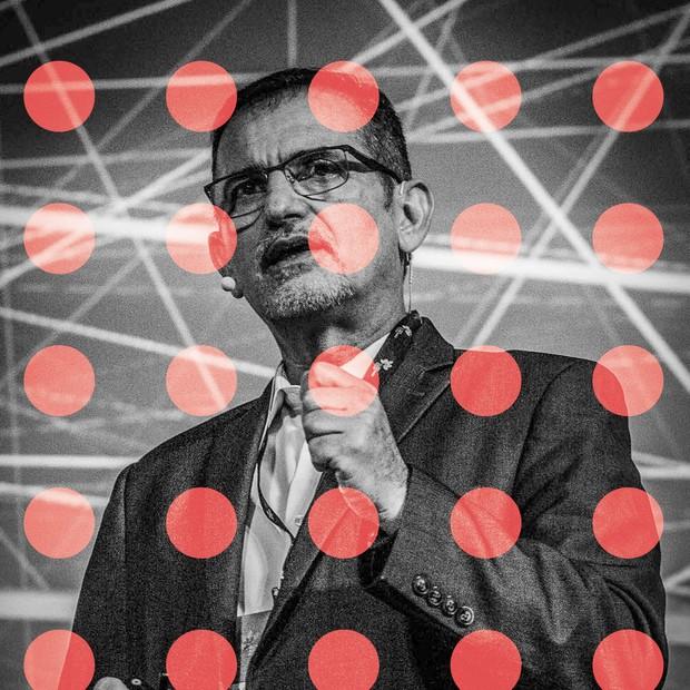 """""""A cada dez anos, a IBM se transforma em uma outra empresa"""""""