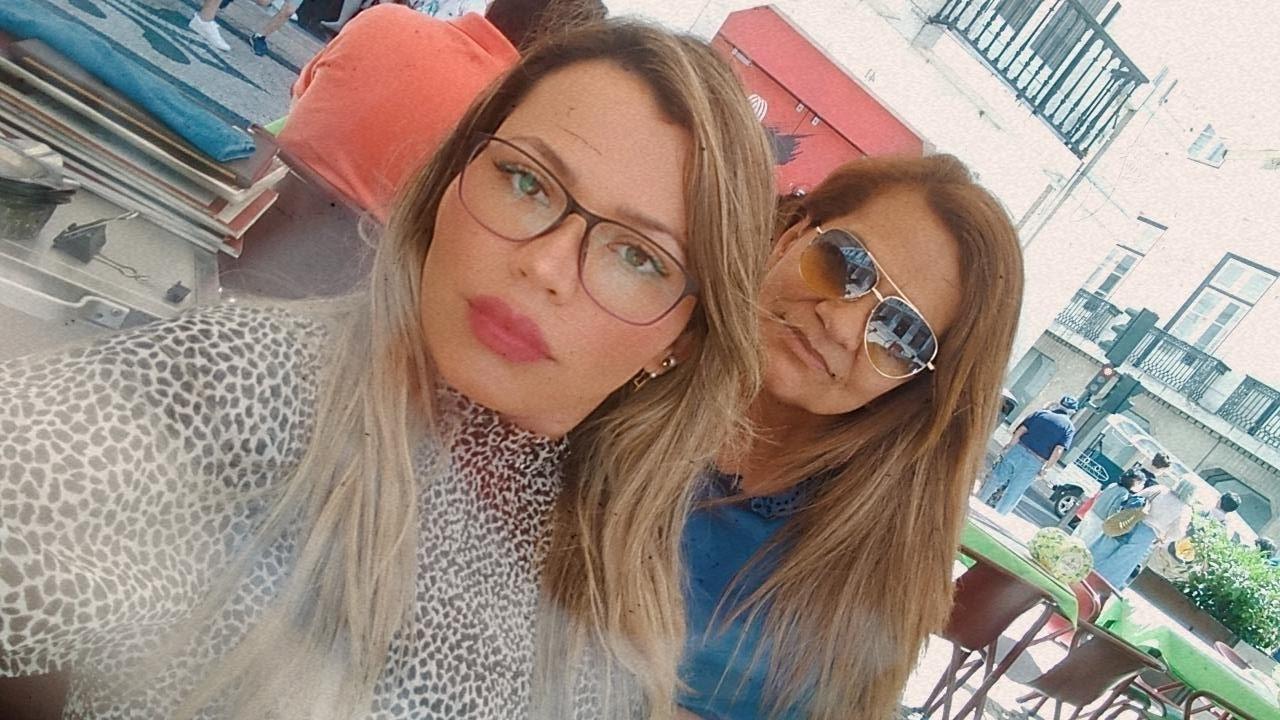 A diarista Juliet Cristino e a cabeleireira Sônia Gomes em Portugal