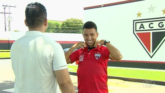 Após oscilar na temporada, Matheuzinho agradece apoio da torcida do Dragão e exalta acesso