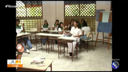 Prefeitura de Belém anuncia o fim do ensino médio na Escola Bosque de Outeiro; comunidade reclama