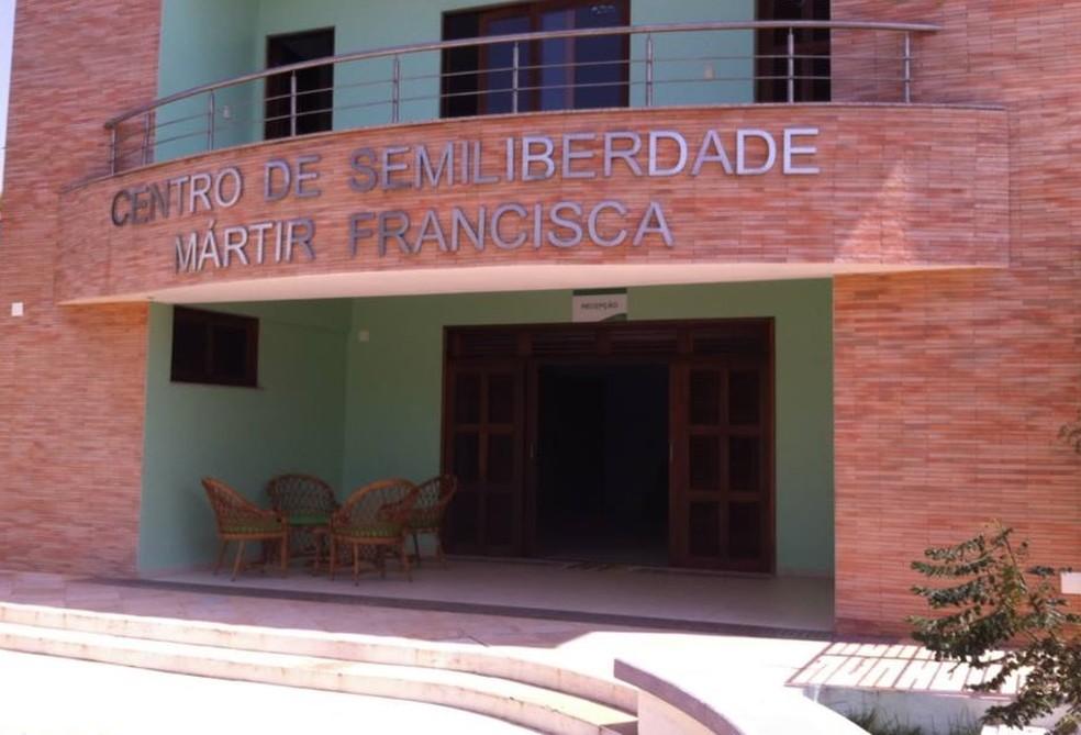 Centro de Semiliberdade Mártir Francisca, que registrou chacina durante madrugada, era tido como centro modelo no Ceará (Foto: Reprodução Facebook/E-Jovem Ceará)