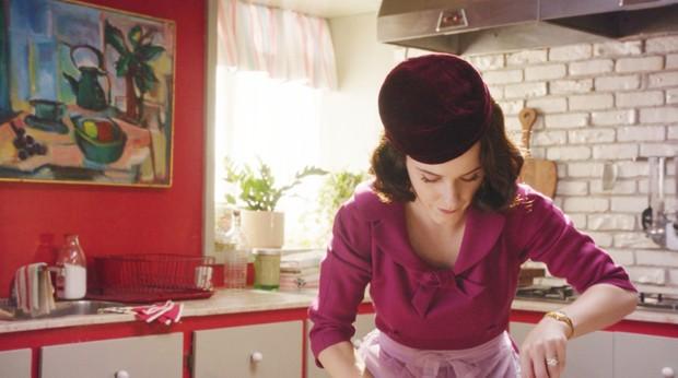 'The Marvelous Mrs. Maisel' e o poder da mulher nos anos 1950 (Foto: Amazon Studios/Divulgação)