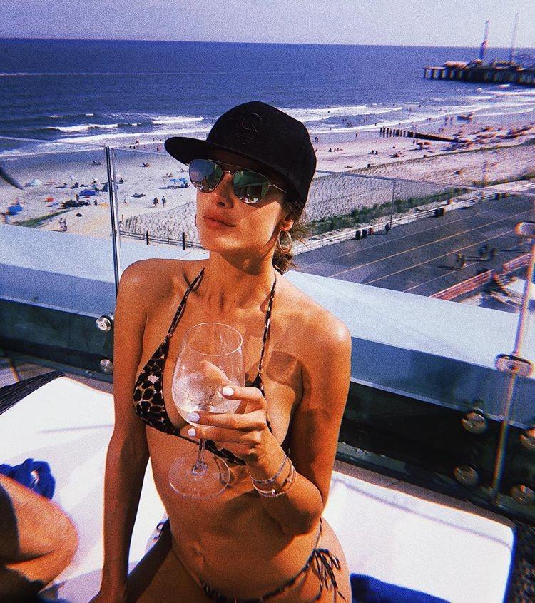 Alessandra Ambrosio aproveita o verão (Foto: Reprodução/Instagram)
