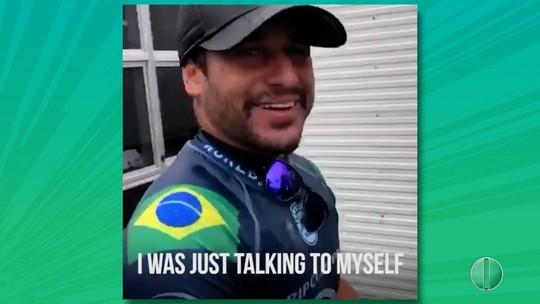 """Ítalo Ferreira brinca com sino de troféu de Bells Beach: """"Olha o manguzá"""""""