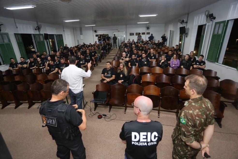 Policia Civil se reuniu para deflagrar operação nesta manhã — Foto: Polícia Civil/Divulgação