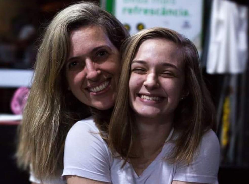 Neta (à direita) e filha (à esquerda) da aposentada também fazem crossfit (Foto: Arquivo pessoal)