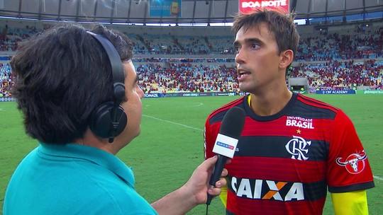 César ''passa no vestibular'' após falha, salva o Flamengo e vive jogo mais especial de sua carreira
