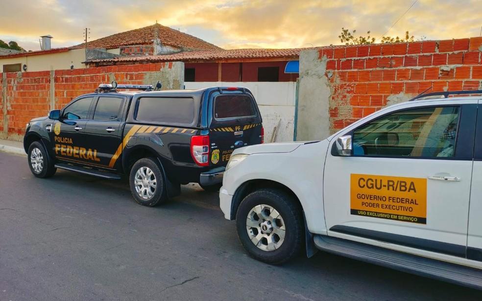 Operação da PF e da CGU cumprem mandados de busca e apreensão em Juazeiro, Lauro de Freitas e Petrolina — Foto: Divulgação/Polícia Federal