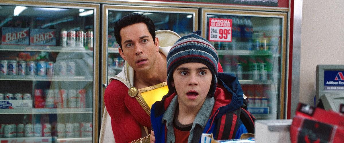 Em Shazam, Zachary Levi interpreta a versão do personagem com superpoderes (Foto: Divulgação)
