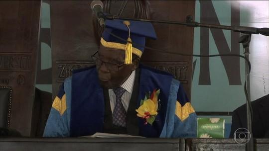Presidente do Zimbábue faz 1ª aparição pública após ação militar