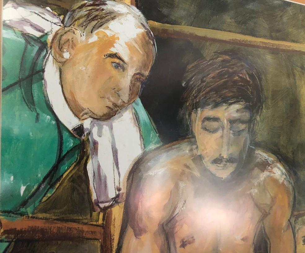 Ray Ciancaglini mostra em sua casa pinturas com a própria imagem em lembrança aos tempos de lutador — Foto: Camilo Pinheiro Machado