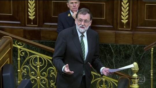 Primeiro-ministro espanhol pode assumir poder da Catalunha em horas