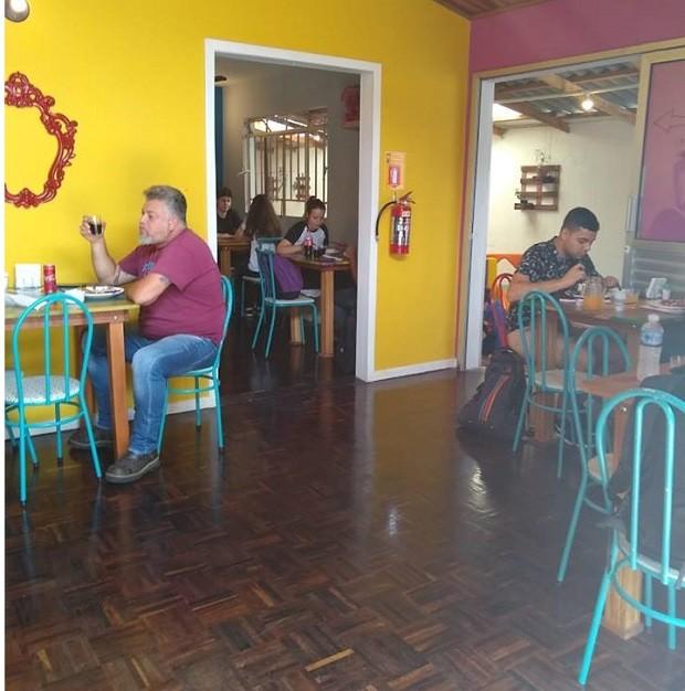 O Cozinha Pirata recebeu mais de 80 clientes no dia seguinte à postagem (Foto: Reprodução/Facebook)