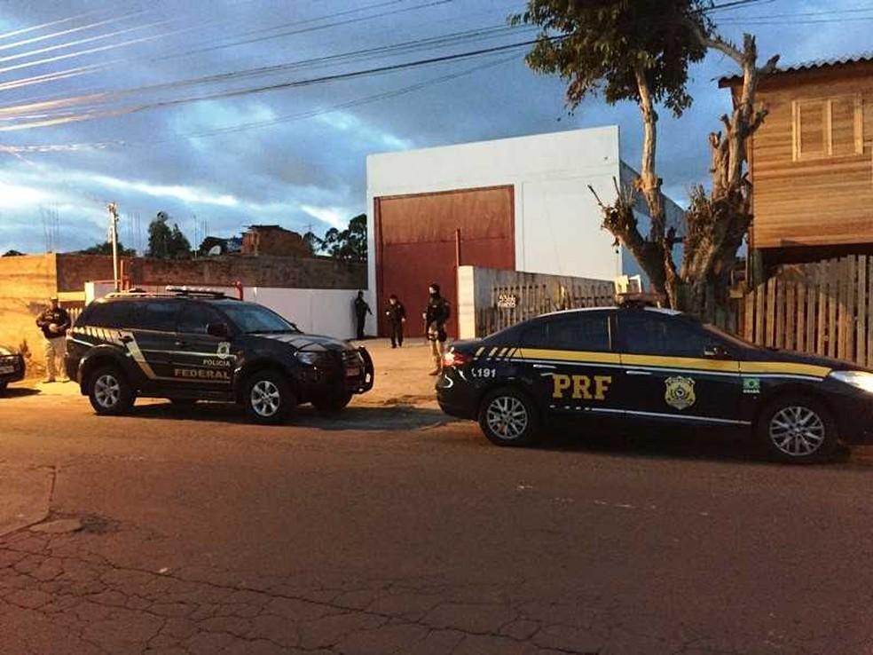 São cumpridas ordens judiciais no Rio Grande do Sul, Paraná e Santa Catarina (Foto: PF/Divulgação)