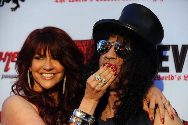 O guitarrista Slash e sua ex-esposa (Foto: Getty Images)