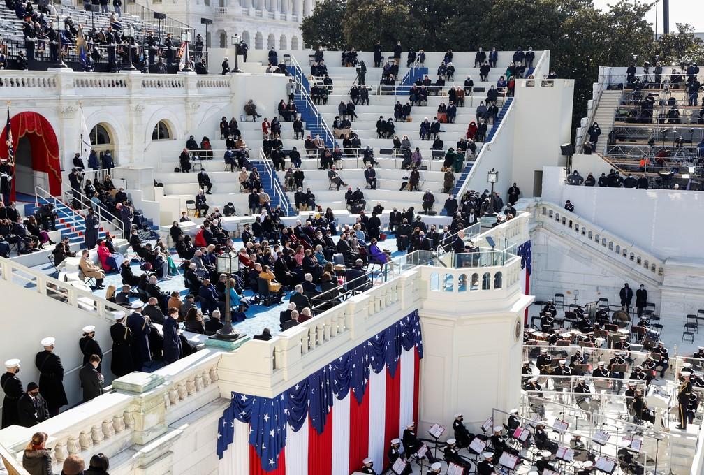 O presidente dos EUA, Joe Biden, fala durante sua posse como 46º presidente dos Estados Unidos na Frente Oeste do Capitólio dos EUA, em Washington, nesta quarta (20)   — Foto: Brendan Mcdermid/Reuters