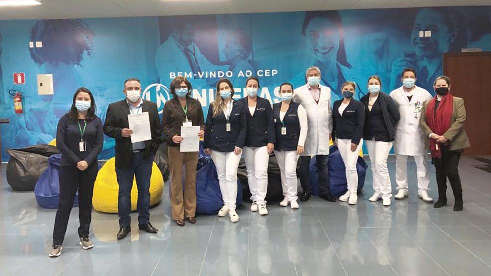 Marketing do HUAV Grupo com parte dos integrantes do comitê do IHAC (Iniciativa Hospital Amigo da Criança)