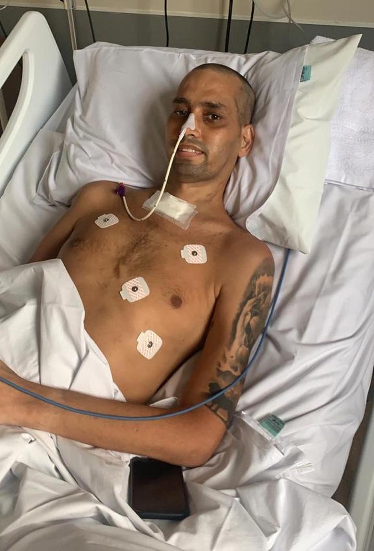 Rapaz perdeu 21 kg durante a internação — Foto: Arquivo pessoal
