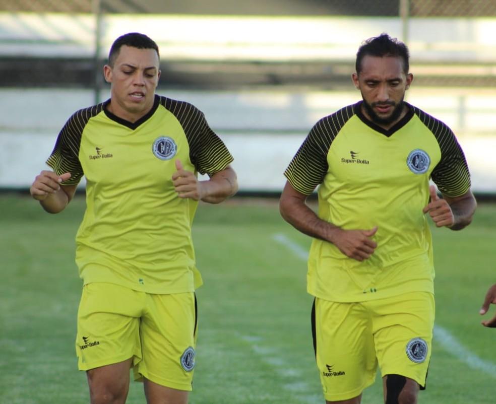 Adriano Apodi não jogou a final da Copa Alagoas; jogador está liberado pelo DM e pode estrear no Alagoano — Foto: Mac Cavalcante / GloboEsporte.com