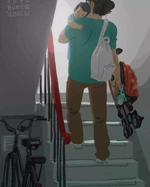 Chegando em casa, pai equilibra filho e carrinho para subir a escada (Foto: Reprodução/Facebook)